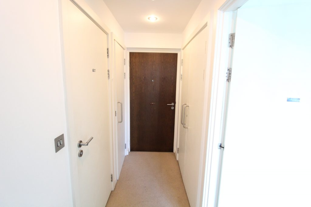 1 Bed Apartment To Rent City Point Solly Street