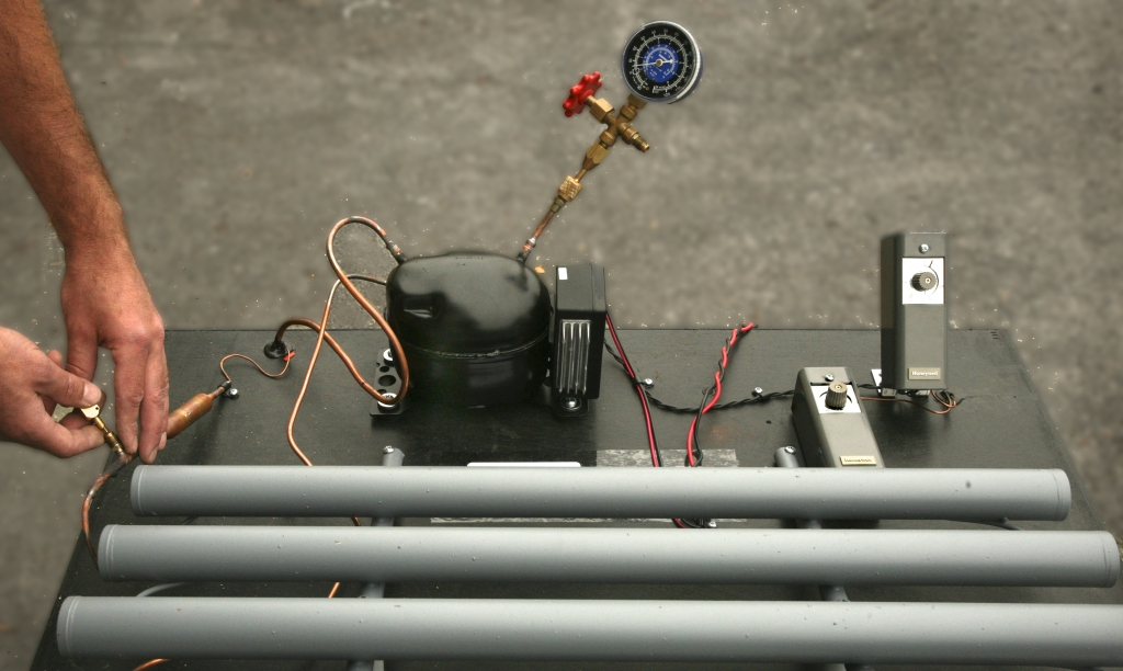 Removing Air From Refrigerator Cooling System Without Vacuum Pump