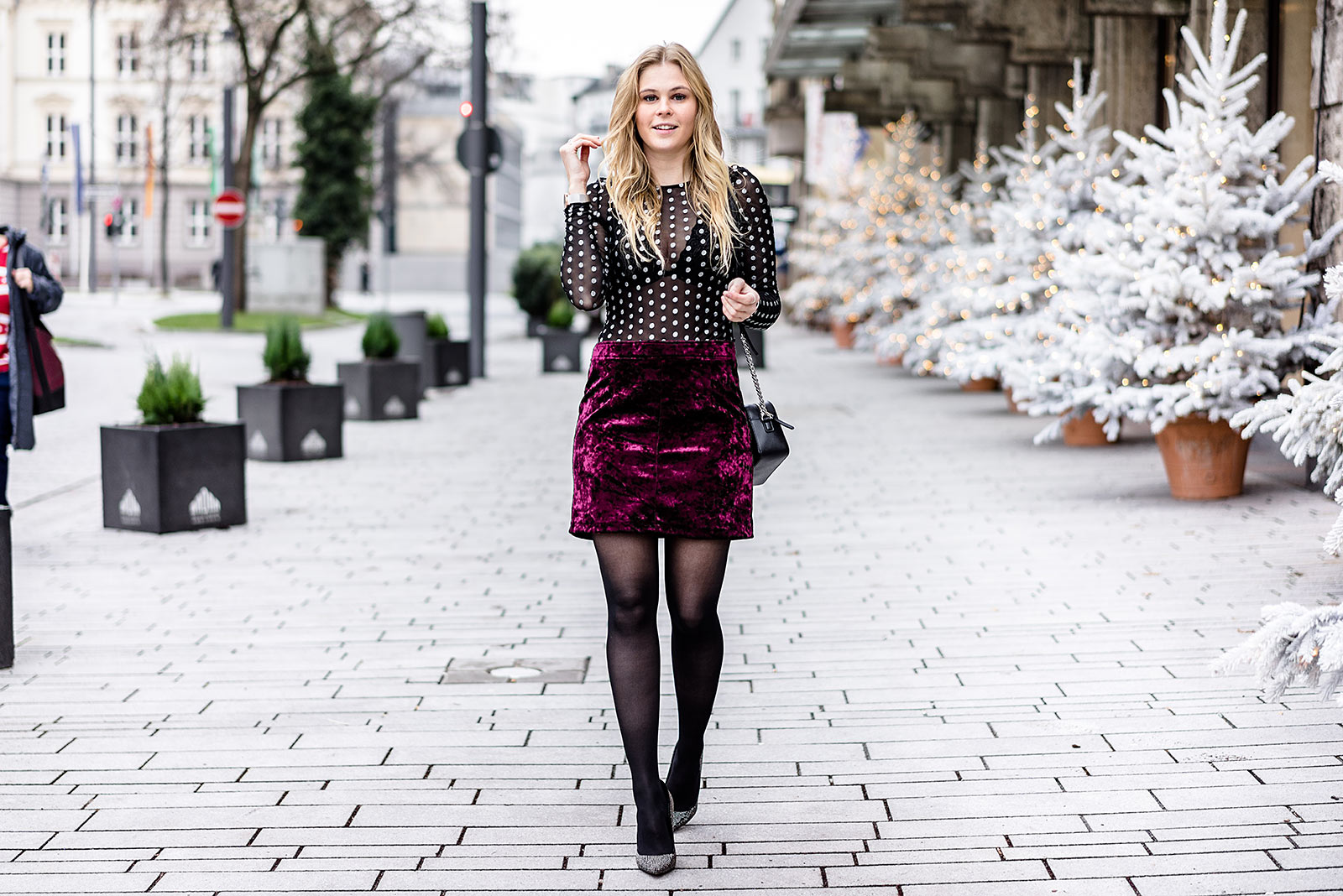 Silvester Mode Silvester Outfit Samtrock Und Top Fashion Blog Sunnyinga