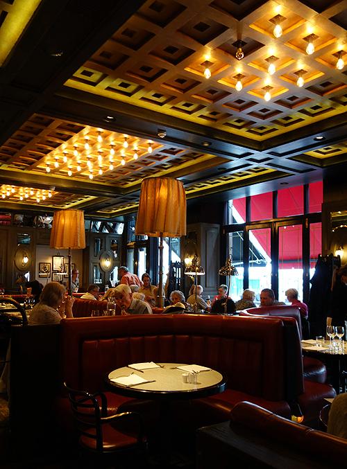Tuttons Covent Garden Restaurant