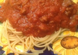 basil and garlic spaghetti with meat sauce