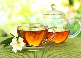 shutterstock_151879973(1) honey ginger tea resized