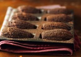 shutterstock_174486695 chocolate madeleines vf