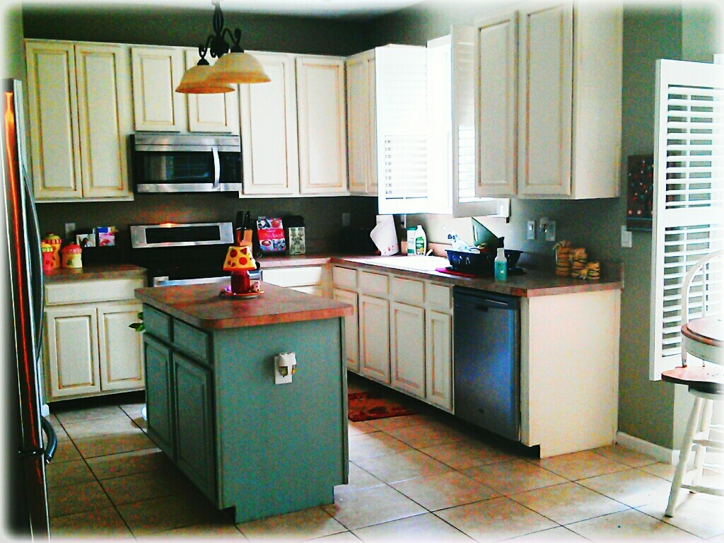 Kitchen Cabinet Makeover With Annie Sloan Chalk Paint Sunshinelovingmomma