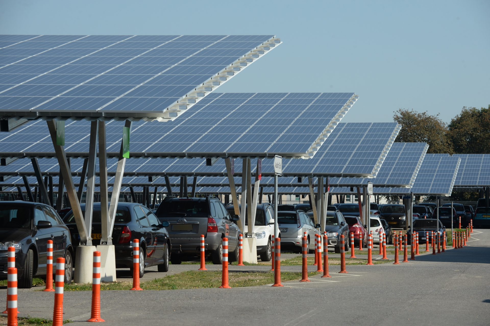 Karpot 4 Mw Solar Carports For Weeze Airport Opened | Sun & Wind Energy