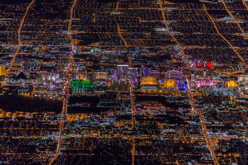 sin-city-las-vegas-aerial-photography-vincent-laforet-19