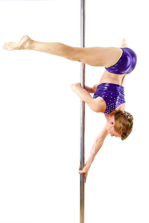 65-летняя танцовщица на шесте Грета Понтарелли