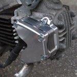 [オーバーヒート対策]カブ系エンジンの熱ダレにはGクラフト アルミビレットオイルクーラー