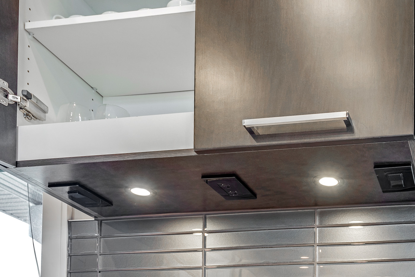 Under Cabinet Lighting Concealment Options Superior Cabinets