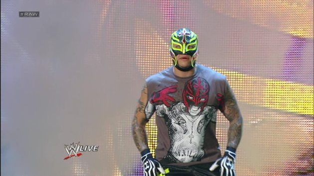 Rey Mysterio Regresa (RAW - SuperShow 16/7/12) / Facebook.com/WWE