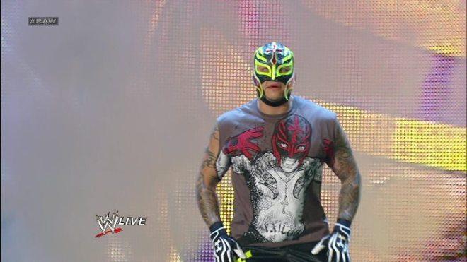 Rey Mysterio Regresa (RAW - SuperShow 16/7/12) / Facebook.com/WWE