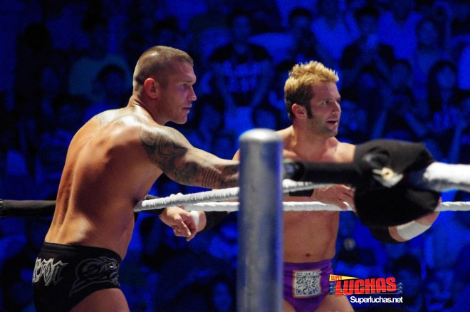 Randy Orton y Zack Ryder en Shanghai, China / Photo by @CruzPan – Authorized to Superluchas.net