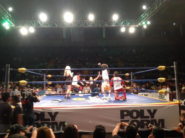 Ricky Marvin con Los Perros del Mail / Image by Facebook/luchalibreaaa