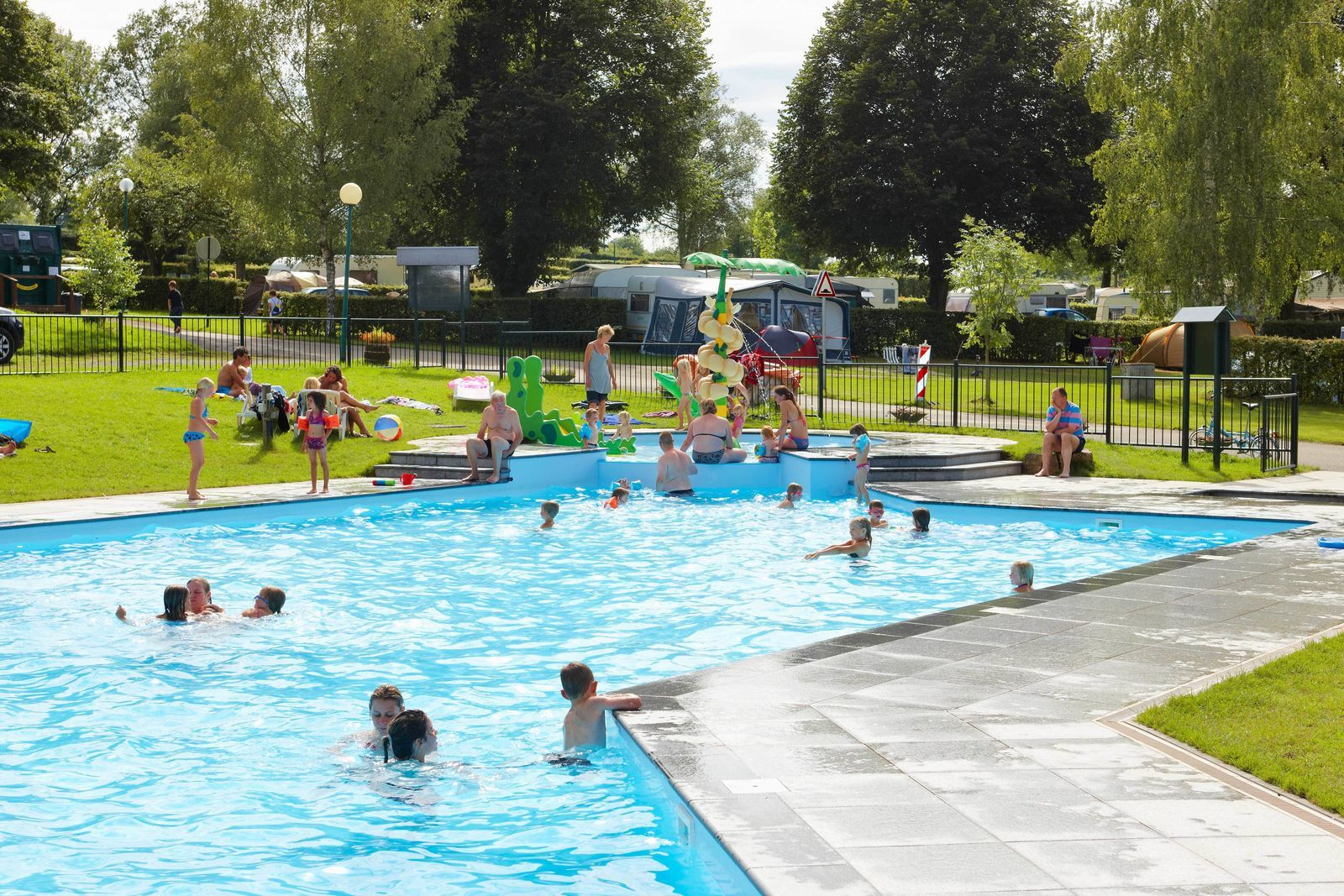 Belgie Camping Zwembad Camping Spa D Or Supertrips Nl