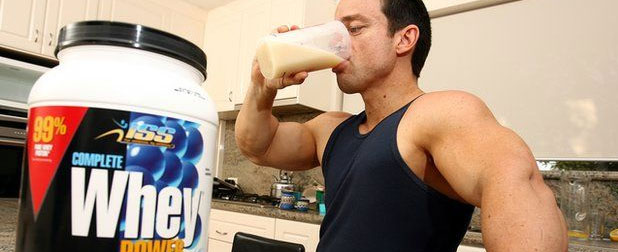 how to take protein powder on the go