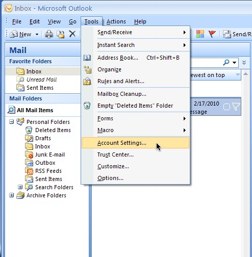 How do I make Outlook 2007 leave a copy of my messages on the server