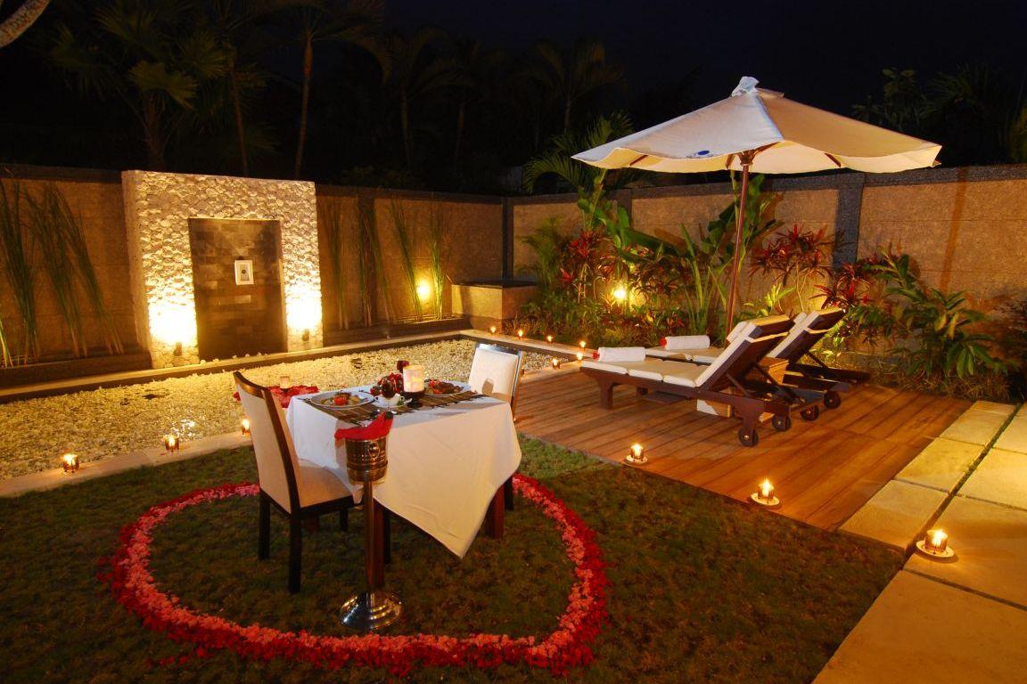 Romantic Dinner Table Setting Ideas