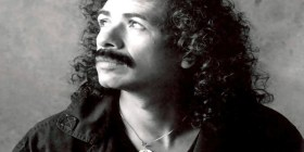 Carlos Santana (1947-...) - Mexican-American guitarist