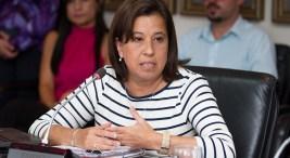 Nueva directora pretende mejorar la eficiencia del Consejo Universitario