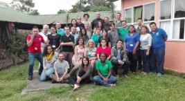 jovenes latinoamericanos