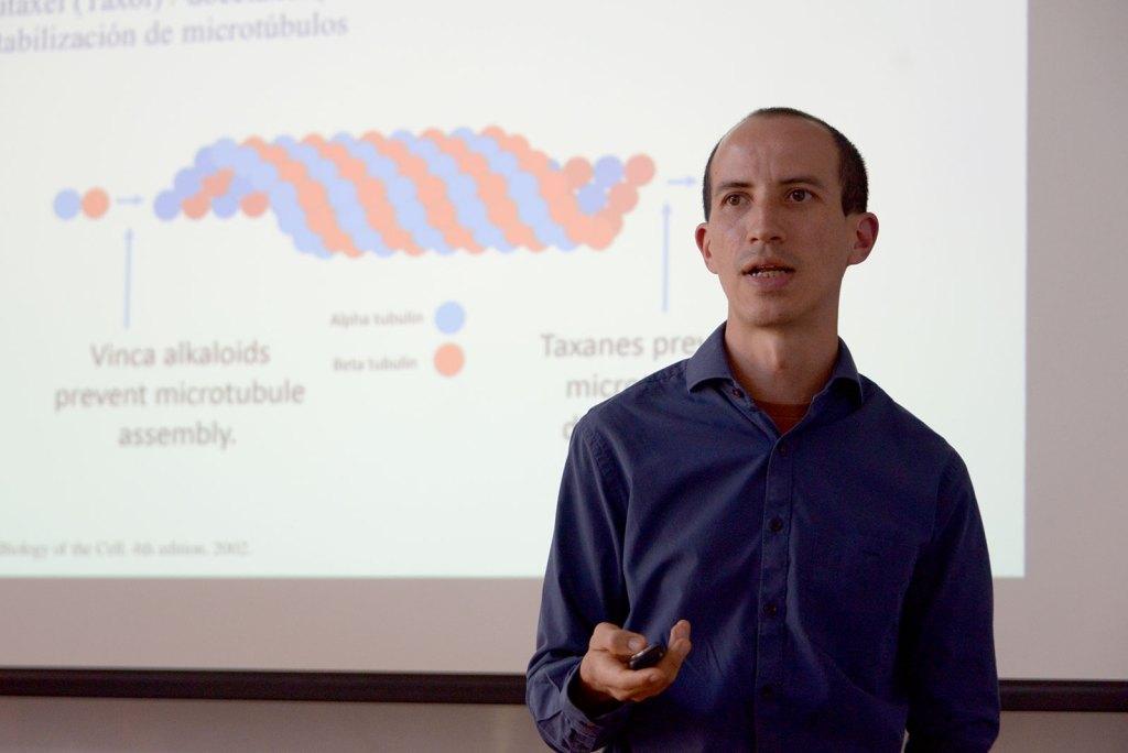 UCR Estudiantes y profesionales de salud combatiran el cancer con nuevos conocimientos biologicos3