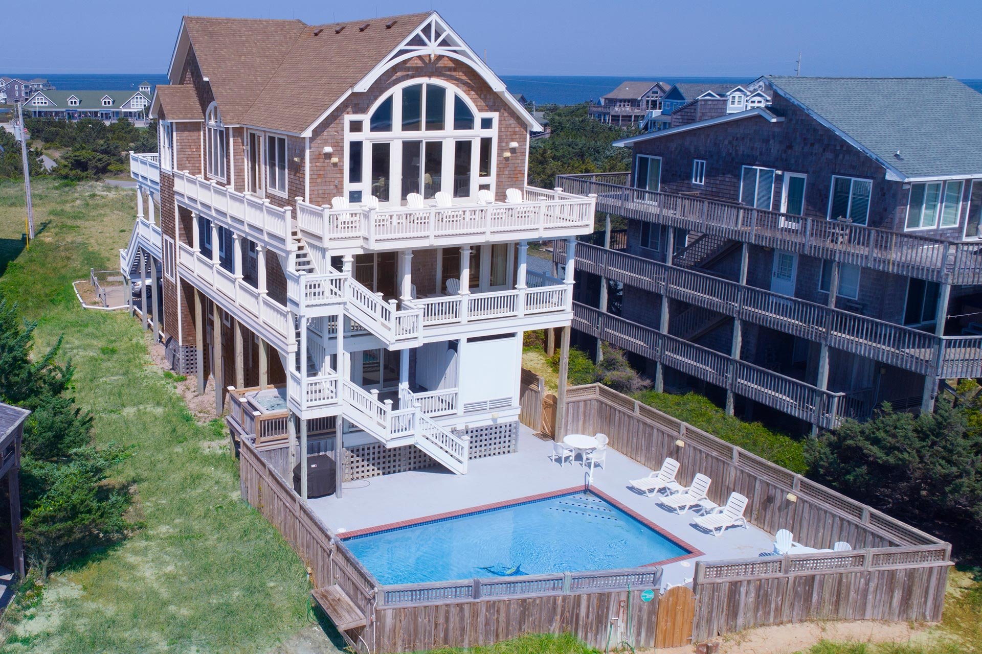 Monkey S Beach House 270 7 Bedroom Ocean Front Home In Avon Obx Nc