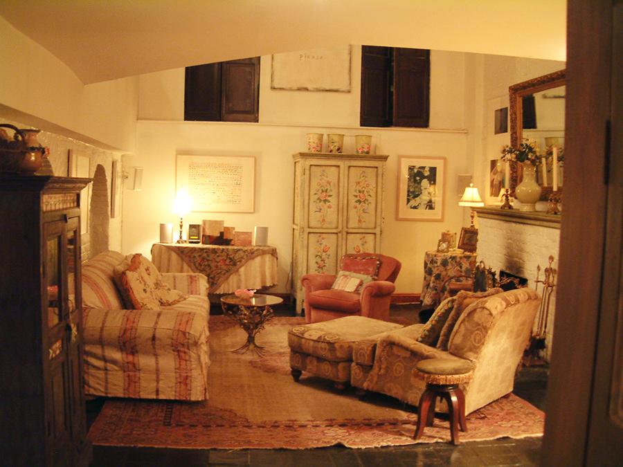 1OldLivingroom