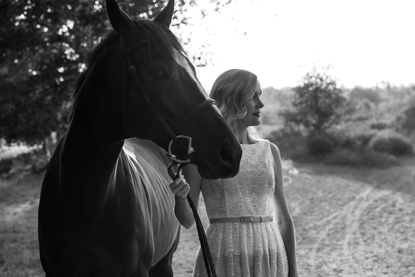 How to Grieve the Loss of a Horse in 10 Not-So-Easy Steps