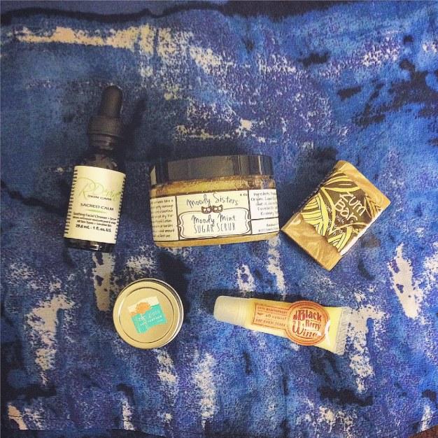 sustainable daisy green beauty ecobeauty blogger all natural products terra bella box