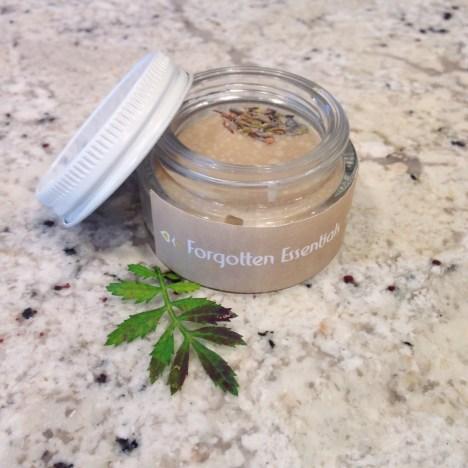 holistic beauty forgotten essentials sustainable daisy ecofriendly ecobeauty fashion blogger