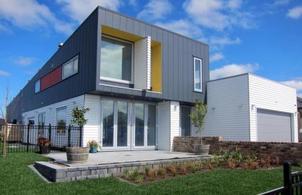 resizedimage1000643-idealhouse