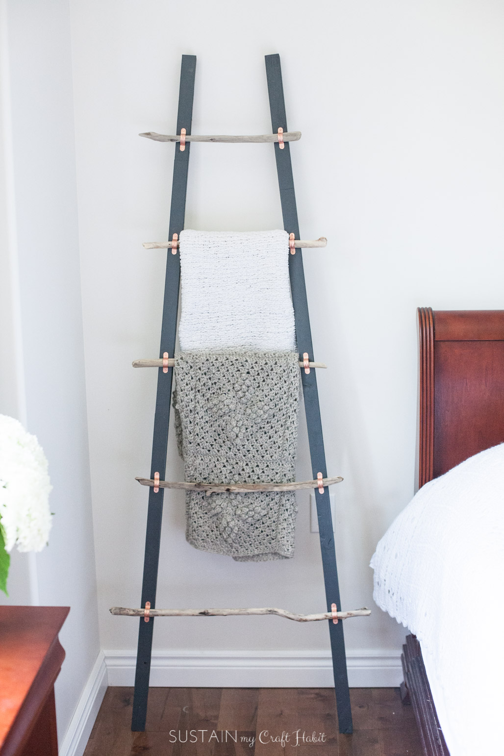 20' Ladder Home Depot How To Make A Diy Rustic Coastal Blanket Ladder With