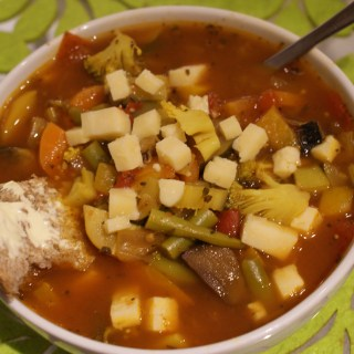 Susty Meals - Chuck It In Vegetable Soup Recipe