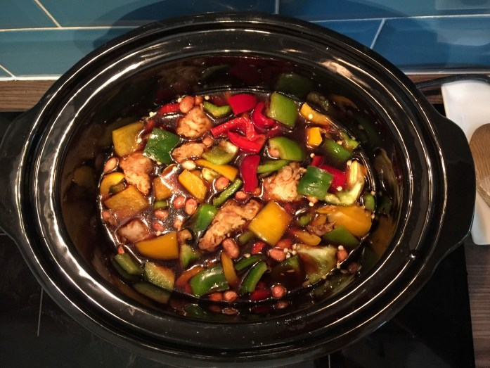 Vegan Slow Cooker Kung Pao | TKC Vegetarian Style 'Chicken Pieces' | Susty Meals | Sarah Irving