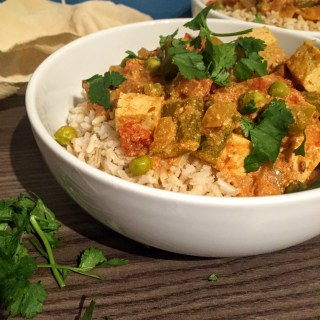 Creamy Tofu and Pepper Slow Cooker Curry