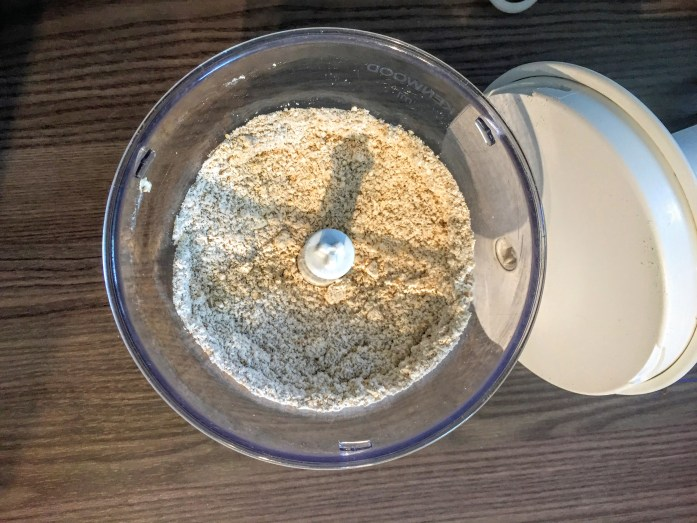 How to make oat flour   Susty Meals   Sarah Irving