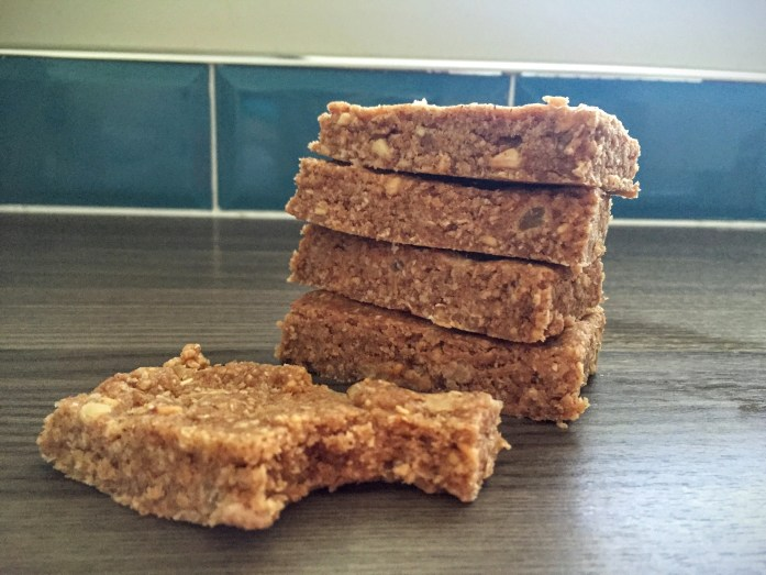 No Bake Oaty Apple Energy Bars | Protein Snack | Susty Meals | Sarah Irving