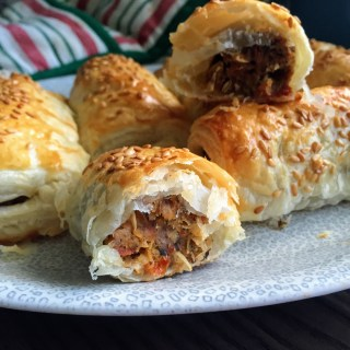 Homemade Vegan Sausage Rolls | Vegan Recipes | Handmade Vegan | Vegan Sausages | Vegan Buffet Food | Christmas Vegan | Sarah Irving | Susty Meals | Vegetarian Food Blogger Manchester