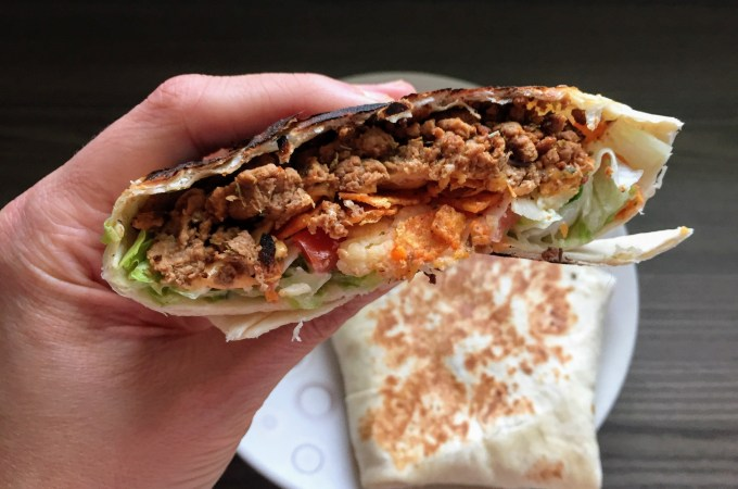 Copycat Veggie Taco Bell Crunchwrap Supreme | Copycat Recipes | Vegetarian recipes | Susty meals | Sarah Irving | Food Blogger Manchester UK | #VegItUp