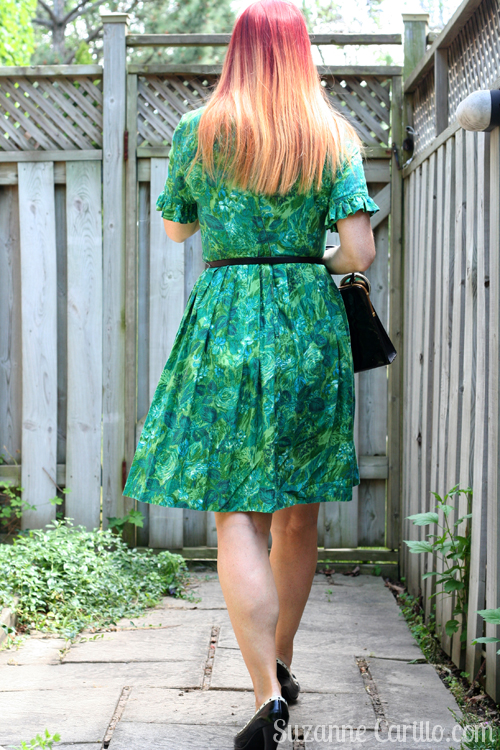 how to wear a vintage dress over 50 suzanne carillo style for women over 40