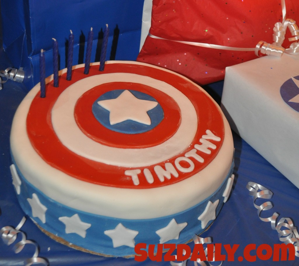 Captain America Kuchen How To Make A Captain America Cake Suz Daily