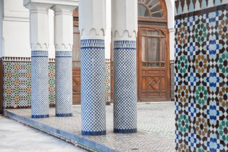 Blue tiled columns at the Paris Grand Mosque