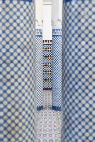 Blue tiled columns at the Paris Grand Mosque