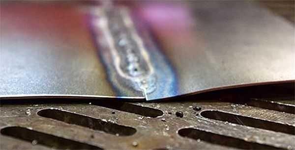 svarka-tonkih-metallov-3-600x306