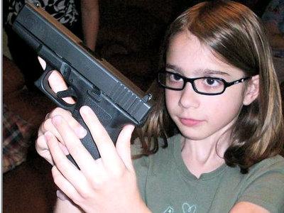 guns-kids-4x3-162gfkt