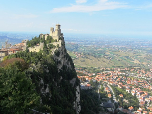 San Marino's 1st tower