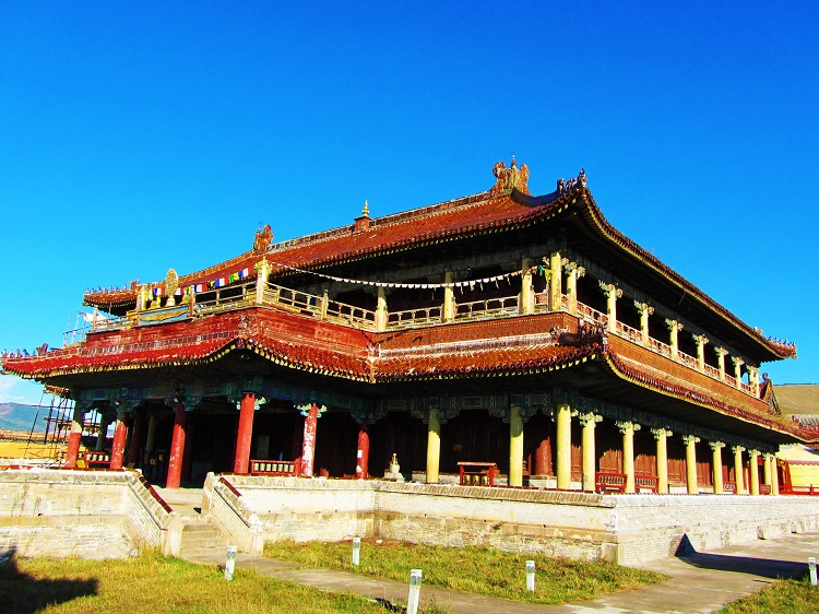 mongolia-1-amarbayasgalant-monastery-main-temple