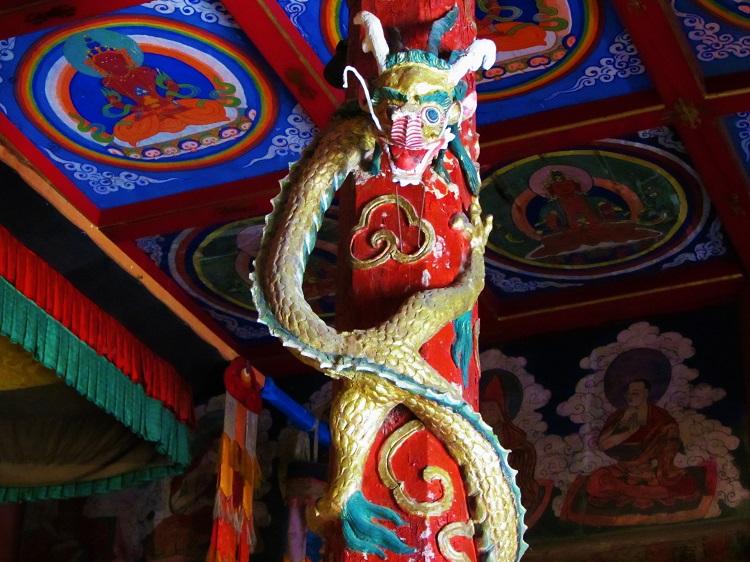 mongolia-potd-8-karakorum-monastery-main-temples-dragon-inside