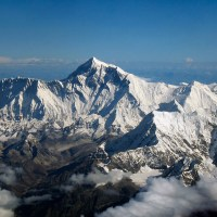 Tragedy returns to Everest exactly a year later