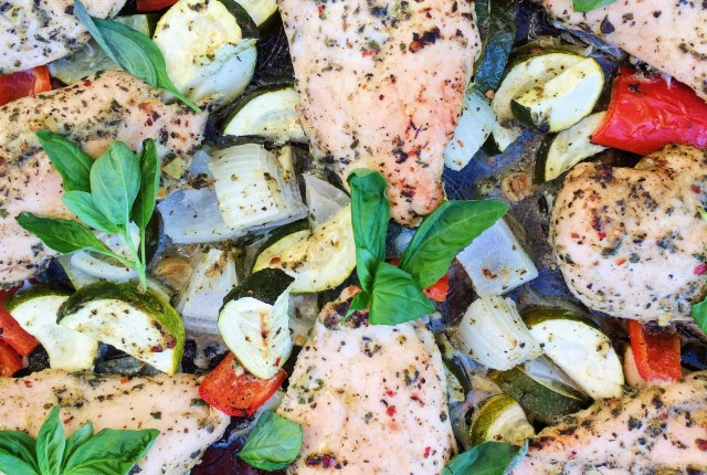 Sheet Pan Chicken and Veggie Dinner